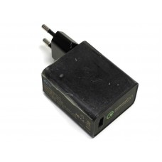 СЗУ с USB выходами (5V 2A, 9V 2A, 12V 1.5A) KFD Qualcomm Quick Charge 2.0
